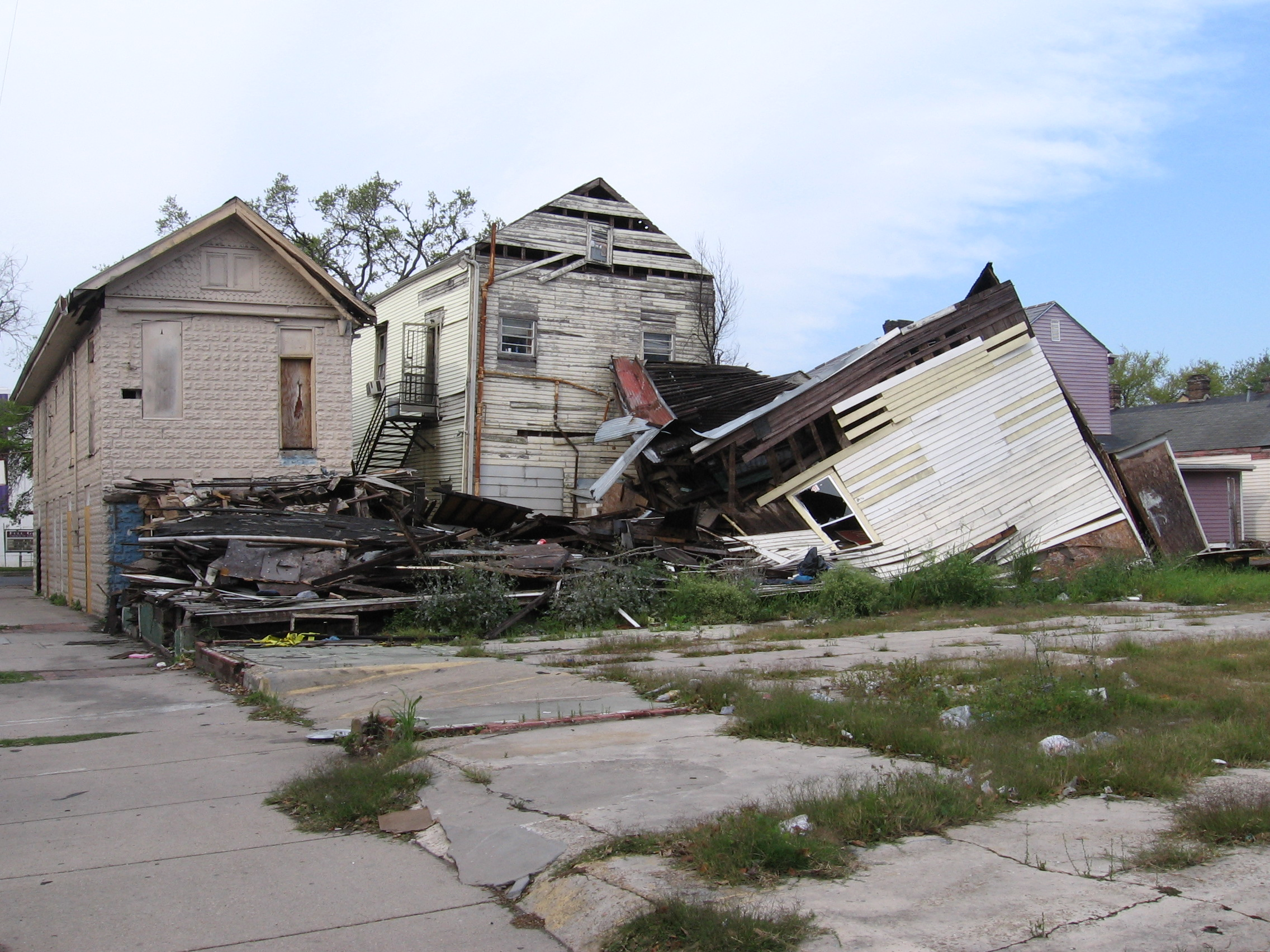What Happens to a VA Home Loan in Case of a Natural Disaster